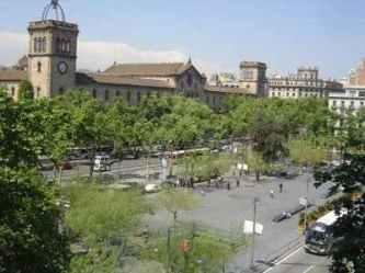 Placa_Universitat_Barcelona