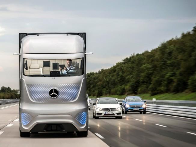 asi-seran-los-camiones-del-futuro-segun-mercedes-benz-tambien-con-conduccion-autonoma-201418447_4