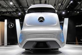autonomes-brummi-fahren-duerfte-realitaet-daimlerdpp-autoreporter-01