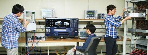 Ingenieros-de-Samsung-ya-traba_54373460280_51351706917_600_226