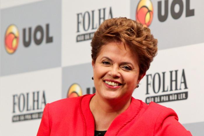 Dilma_Roussef_debate_FSP
