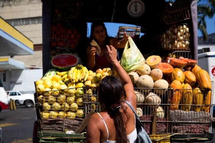devaluacion-inflacion-sueldo-bolivar-economia-crisis