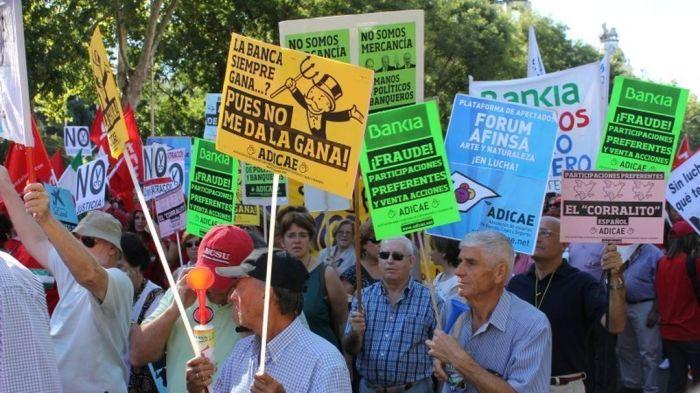 protesta-clausulas-suelo_983012039_5060555_1020x574