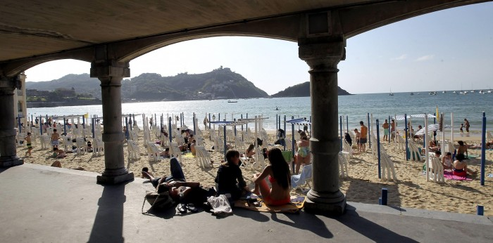 Turismo-Semana_Santa-Islas_Canarias-Cataluna-Macroeconomia_207740254_32528151_2878x1426.jpg
