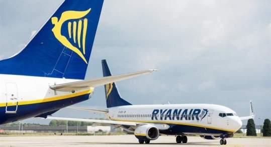 ryanair-aviones-cola-efe.jpg