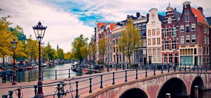 amsterdam-2-840x394