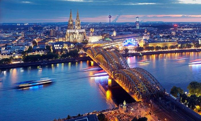 Colonia-Alemania-carnaval-t.jpg