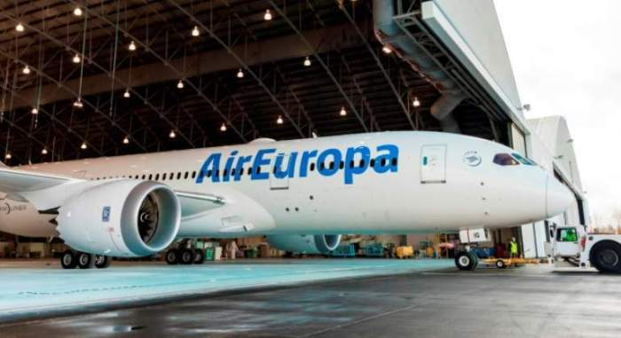 air-europa-avion-logonuevo