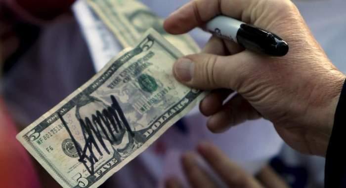 dolar-firmado-trump