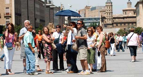 turistas-internacionales-espac3b1a