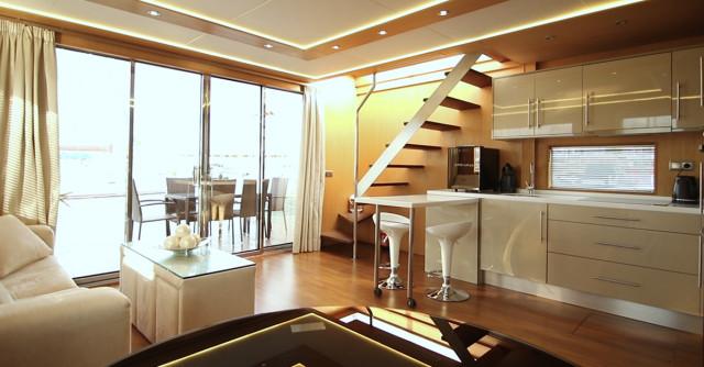 home_aboard_01.jpg