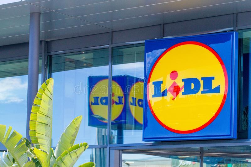 Lidl gestionar su comercio electr nico desde barcelona for Oficinas lidl