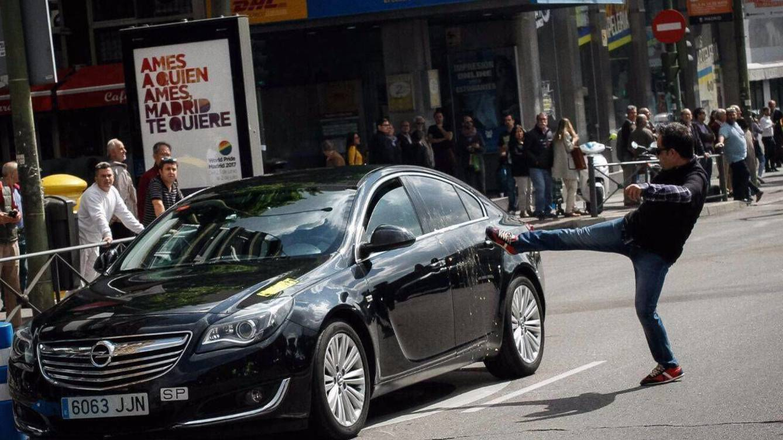 taxis-contra-uber-y-cabify-la-huelga-de-taxistas-en-espana-en-imagenes